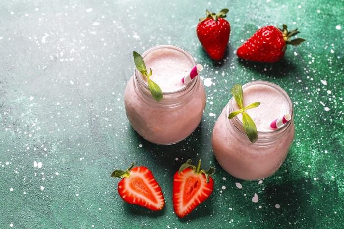 receita de iogurte vegano de morango